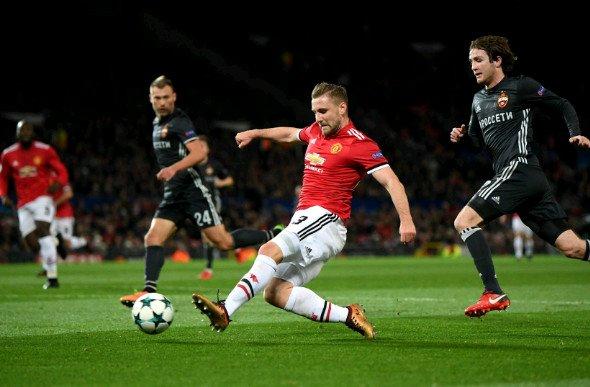 Mourinho sẽ cho Luke Shaw thêm cơ hội