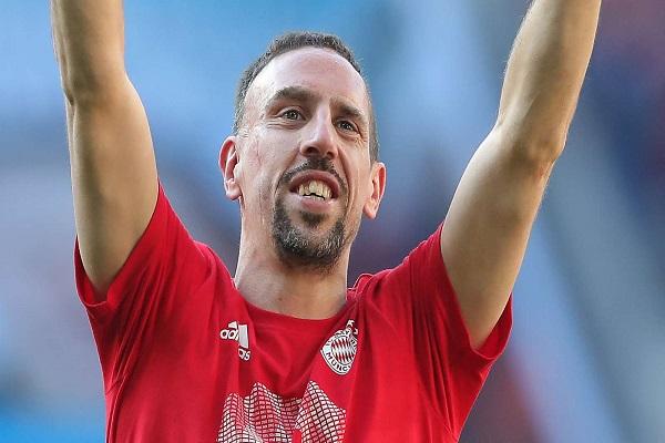 Franck Ribery đạt được thỏa thuận gia nhập Fiorentina.